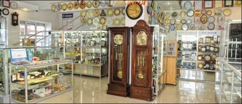 Как открыть магазин часов