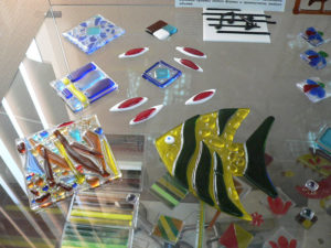 декоративные изделия из цветного стекла